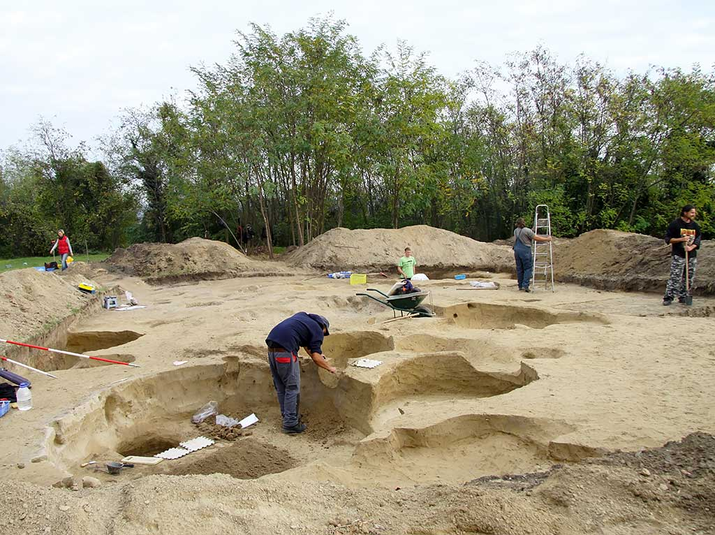 Batina - Archaeological excavations 2013 (Vukmanić 2013)