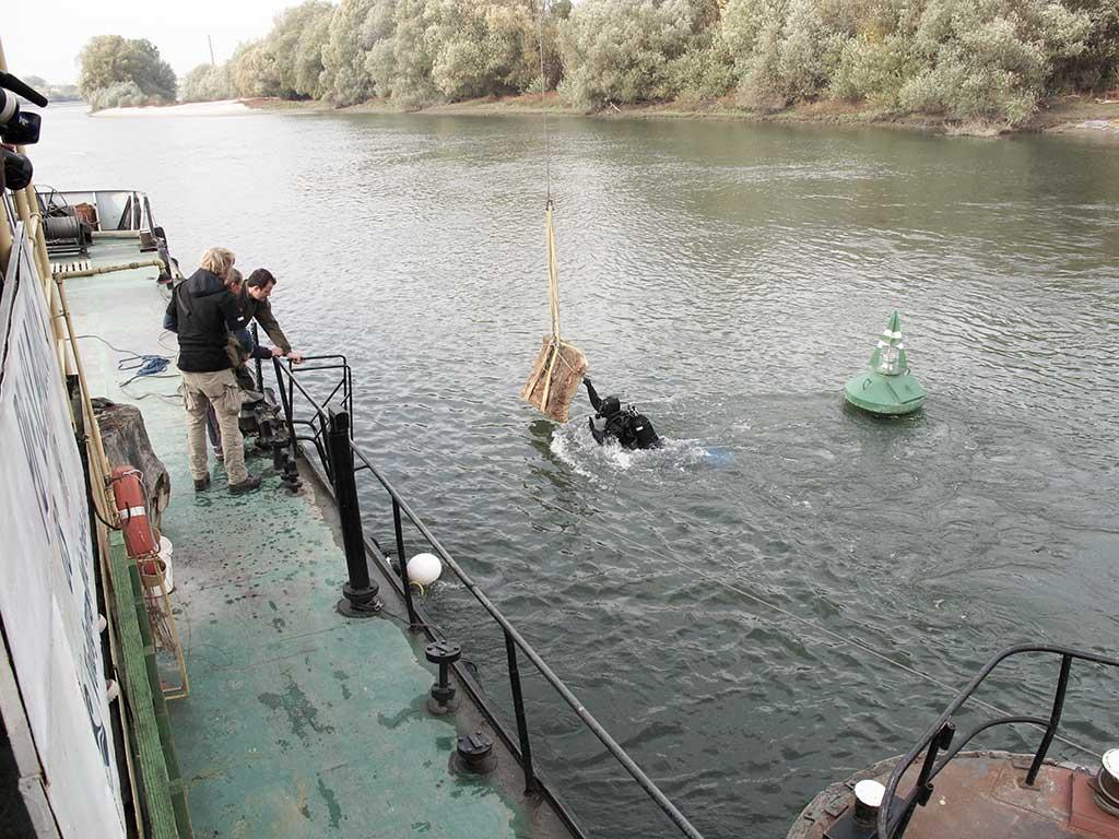 Osijek - Spolije na mjestu Hadrijanova mosta (Vukmanić 2011)