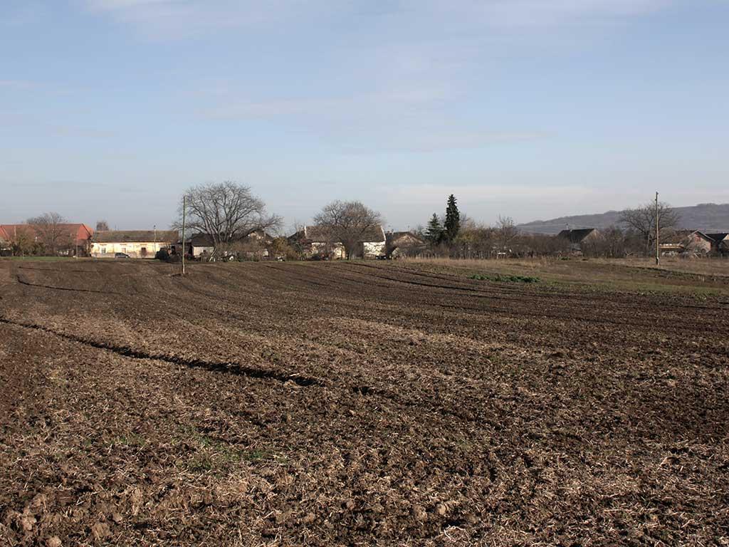 Popovac - Mogući ostatci jaraka rimskog logora (Vukmanić 2009)